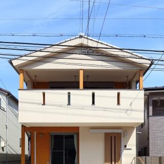 狭小地に建つ広がり空間の家 南区西本浦O様邸