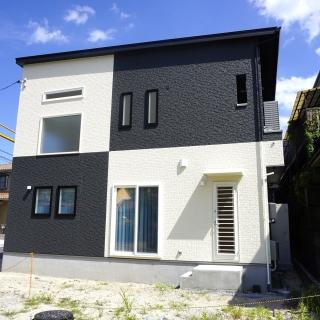 #0071 彩りのある明るいオシャレな家