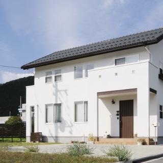 県北の気候風土を熟知した 地元工務店で家を建てる