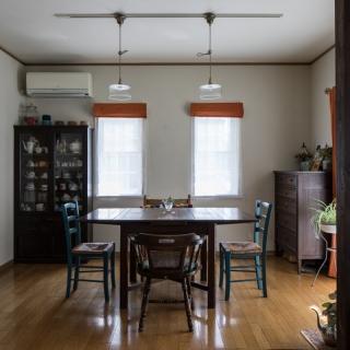 大切なアンティーク家具が映える理想空間を 想いが高まって決めたリノベーションで実現
