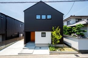 堀田建設一級建築士事務所/DESiO STUDIO