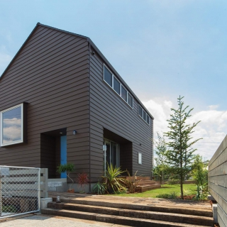 BROOKLYN HOUSE  「ほどよく自然体でかっこよく暮らす家」
