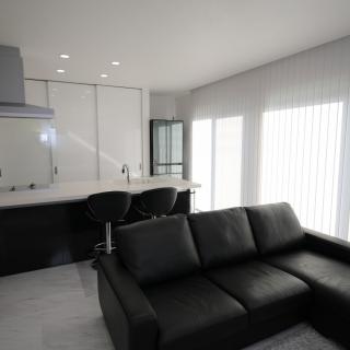 【モノトーンハウス】 白×ブラック こだわりの家