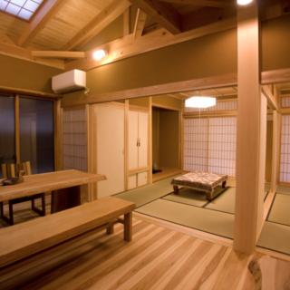 美しい玄関で夏涼しく冬暖かいWB工法の家