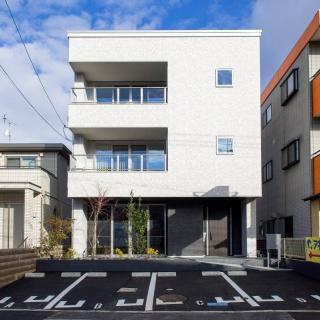 都市景観に映えるスタイリッシュなデザイン  「三階のある家」 東広島展示場