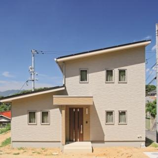 #0004  二世帯家族が明るく楽しく快適に暮らせる家