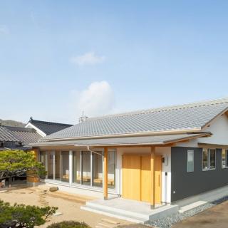 明るく温もりある 和風旅館のような 上質感に満ちた家