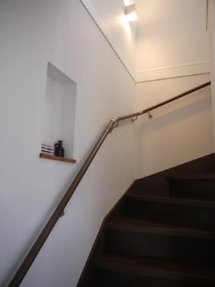 階段にはお洒落なニッチを造作