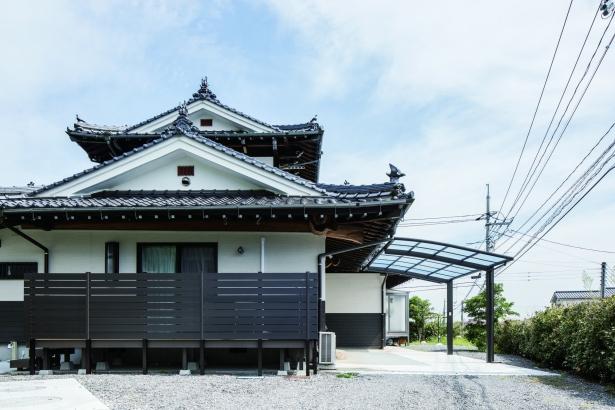 伝統的な木造住宅だった実家を完全二世帯住宅としてリノベーション