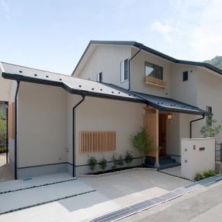 心地良い光と風が通る家