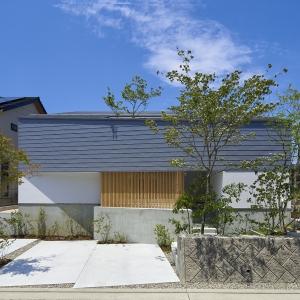 こころ住宅展示場『大きな屋根が家族を優しく包む家』