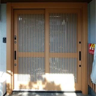 玄関ドアの1DAYリフォーム